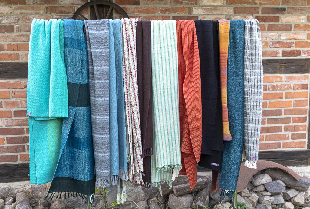Handgewebte Tücher